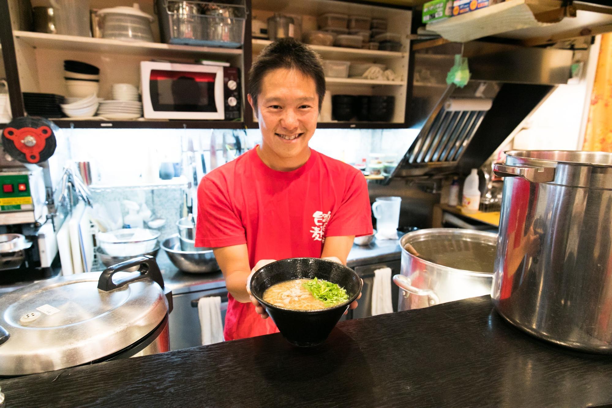 ダブルワークで飲食店経営!「台湾麺線」が経理業務を月2時間に短縮させた仕組みとは